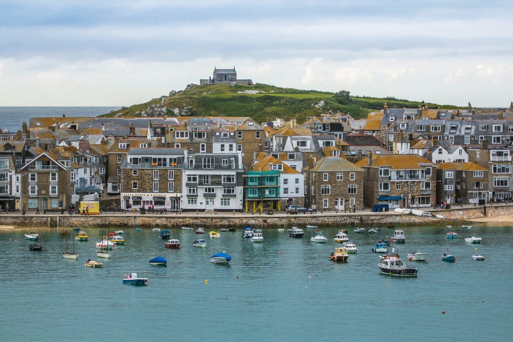 Why Holidays In Cornwall And Devon